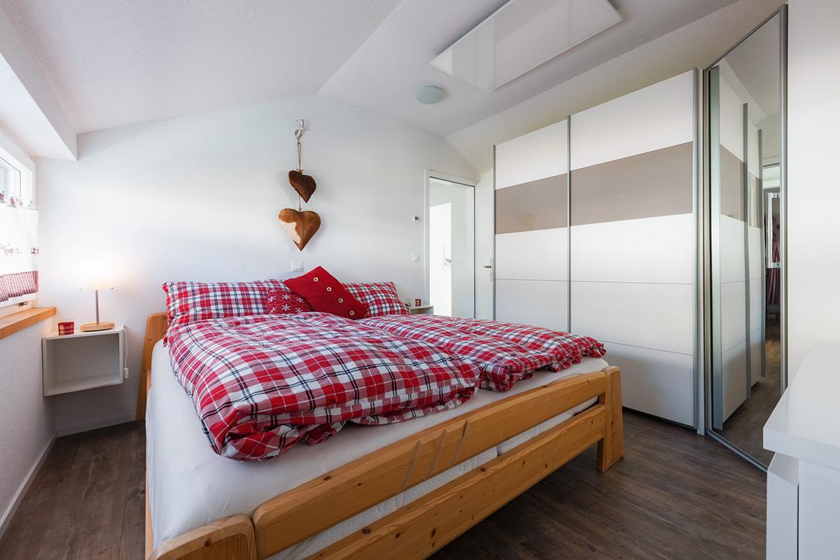 Ferienwohnung Meh Rueh, (Stoos). 3.5 Zimmer Ferienwohnung