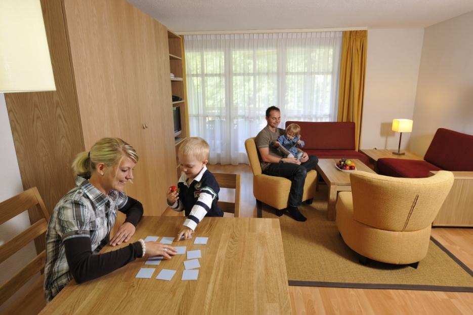 Reka-Feriendorf Morschach, Haus 1, Bauen