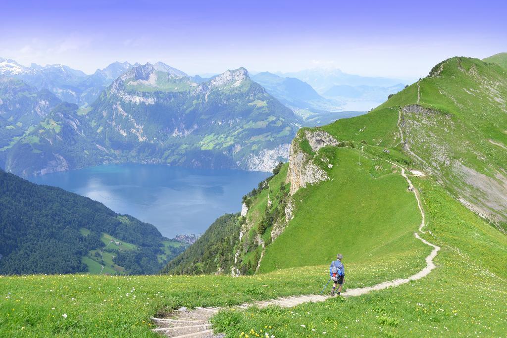 Schwyzer Tal- & Gipfeltour